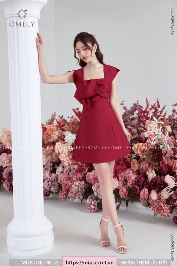 Váy Liền Cổ Vuông Nơ Đỏ