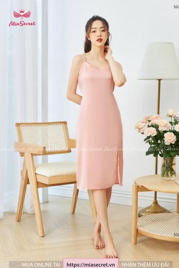 Váy Hai Dây Hồng Nhạt