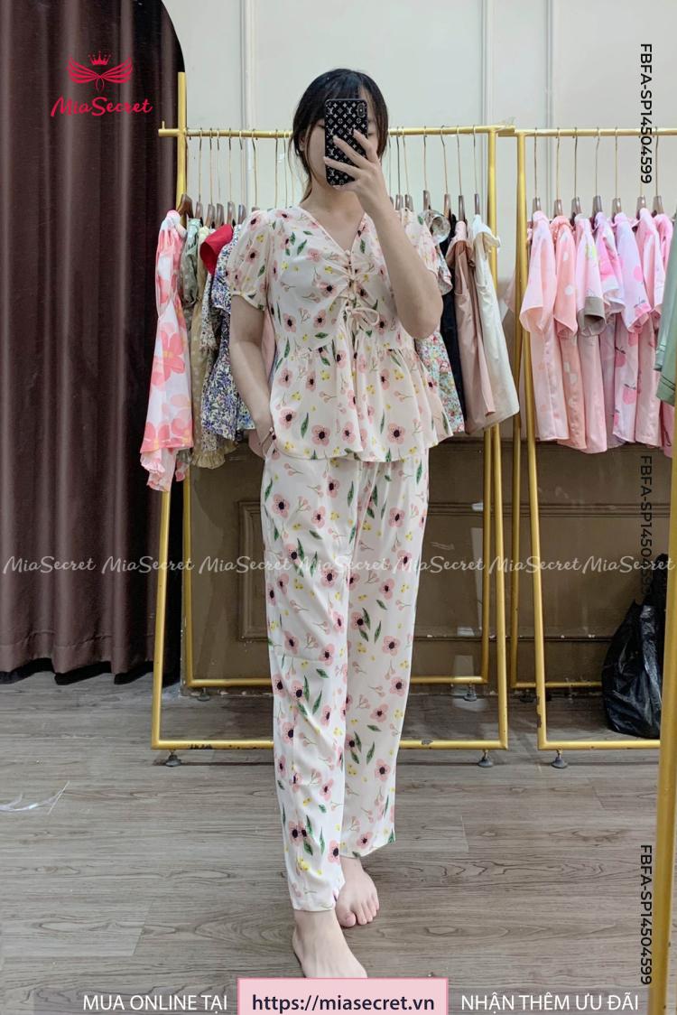 Lolita Hoa Cherry Cam Nhạt